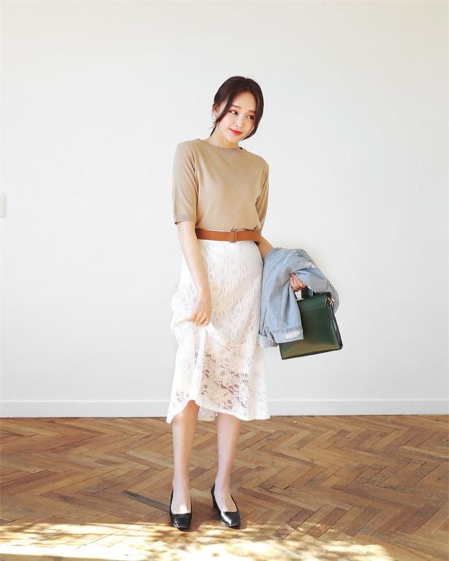 Nắng lên một cái là cô nàng điệu đà tha hồ diện những mẫu chân váy xòe bồng bềnh thế này - Ảnh 11.