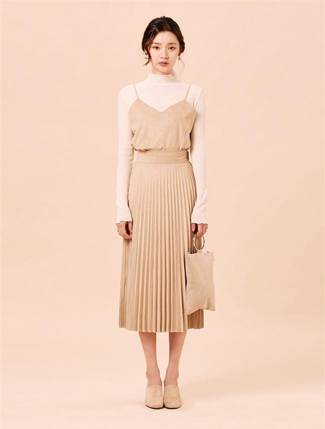 Nắng lên một cái là cô nàng điệu đà tha hồ diện những mẫu chân váy xòe bồng bềnh thế này - Ảnh 21.
