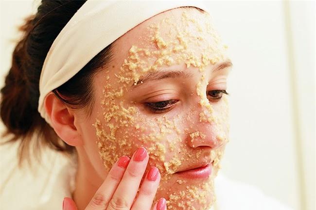 4 loại mặt nạ không chỉ giúp đẹp da mà lông mặt hay ria mép cũng dễ dàng được tẩy sạch trơn - Ảnh 2.
