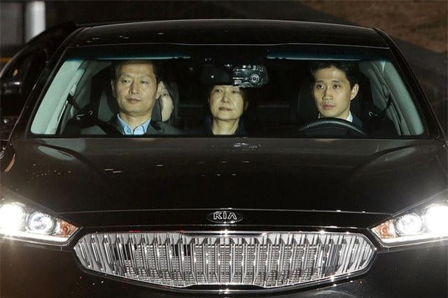 Han Quoc bat giam cuu tong thong Park Geun Hye hinh anh 1