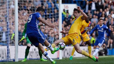 Hàng thủ Palace chơi rất tốt trong hiệp 2