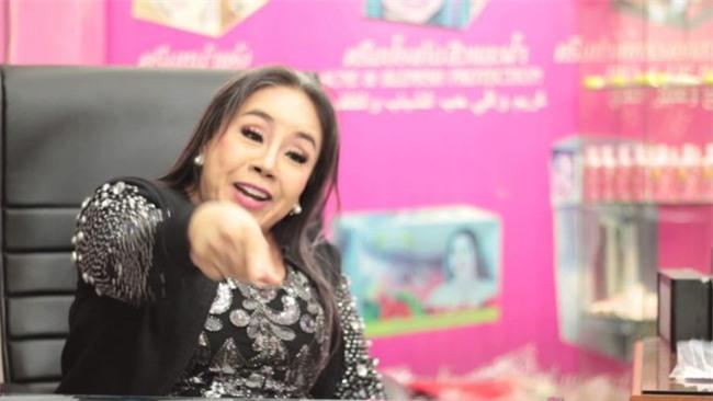 Nữ đại gia Thái Lan đổi chồng như thay áo chia sẻ về quá khứ bị người chồng đầu tiên cưỡng hiếp - Ảnh 2.