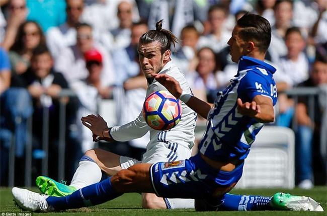 Ronaldo kiến tạo, Real Madrid giành chiến thắng 3 sao để xây chắc ngôi đầu - Ảnh 3.