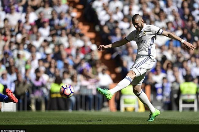 Ronaldo kiến tạo, Real Madrid giành chiến thắng 3 sao để xây chắc ngôi đầu - Ảnh 5.