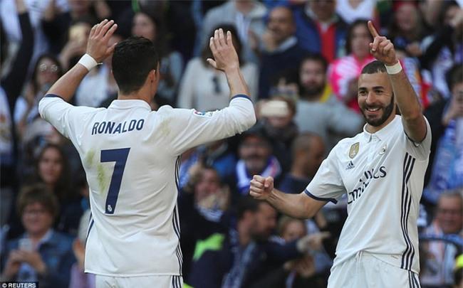 Ronaldo kiến tạo, Real Madrid giành chiến thắng 3 sao để xây chắc ngôi đầu - Ảnh 11.