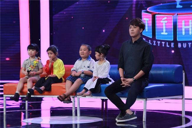 Tran Thanh kham phuc tai nang cua co be 5 tuoi noi tieng Anh nhu gio hinh anh 9