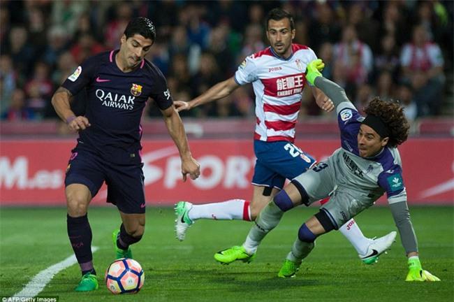 Neymar ghi bàn thứ 100 cho Barca trong ngày vắng Messi - Ảnh 3.