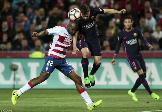 Neymar ghi bàn thứ 100 cho Barca trong ngày vắng Messi - Ảnh 4.