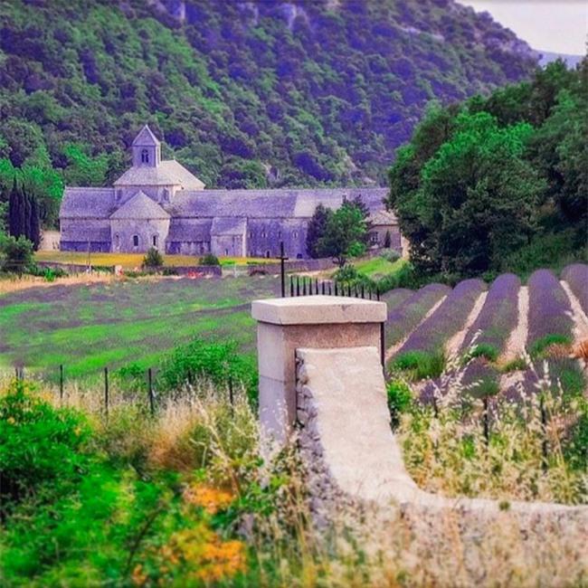 10 ngôi làng đẹp như thiên đường dưới hạ giới của nước Pháp - Ảnh 19.
