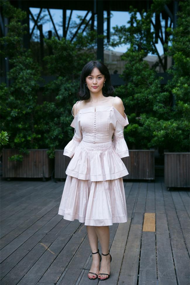 Không chỉ xuống sắc, phong cách thời trang của Hạ Vi cũng đang trở nên nhàm chán đến lạ - Ảnh 3.
