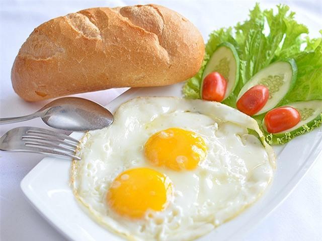 Ăn gì đầu tiên vào bữa sáng là tốt nhất? - Ảnh 2.