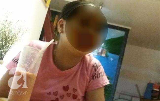 Bé gái từng tự tử vì bị hàng xóm cưỡng hiếp nhiều lần: Cháu thèm được về quê gặp các bạn - Ảnh 1.