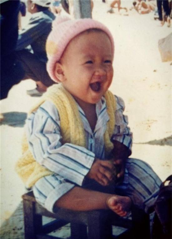 Mỗi khi nhìn hình của MC Trấn Thành, phải nói nụ cười luôn là điểm ấn tượng nhất trên gương mặt anh. - Tin sao Viet - Tin tuc sao Viet - Scandal sao Viet - Tin tuc cua Sao - Tin cua Sao