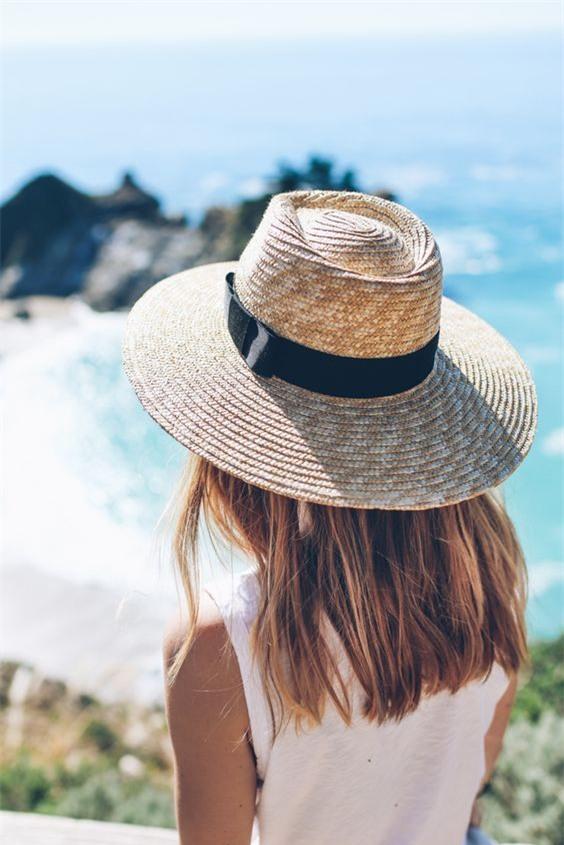 7 món đồ được các nàng diện từ hè này sang hè khác mãi không chán - Ảnh 3.