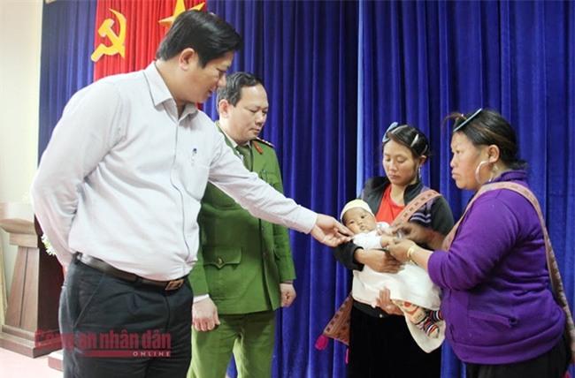 60h nghẹt thở giải cứu bé gái ở Sa Pa bị chiếm đoạt, bán sang Trung Quốc  - Ảnh 3.
