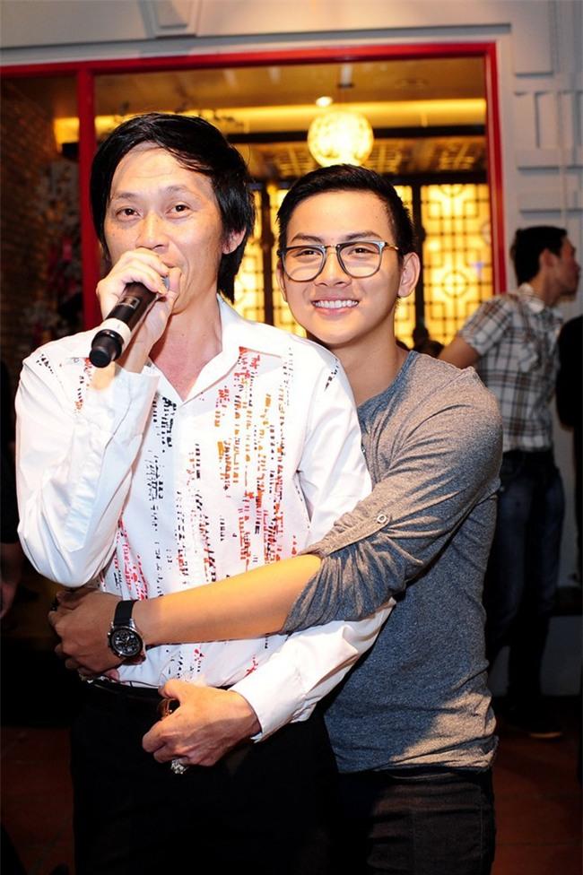 Nghe si Hoai Linh lan dau chia se ve nguoi con bi tu ky hinh anh 2