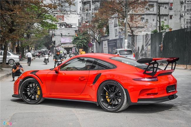 Sieu xe Porsche 911 GT3 RS doc nhat Viet Nam xuong pho hinh anh 4