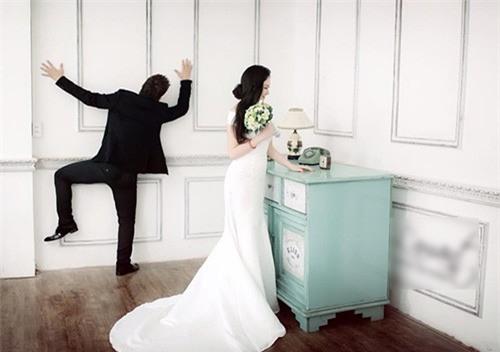 Kỷ niệm 3 năm ngày cưới, Tuấn Hưng lại tỏ tình khiến vợ hạnh phúc như trên mây  - Ảnh 1.