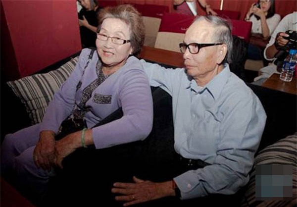 Bố mẹ Hoài Linh: 50 năm sống chung chưa một lần cãi nhau! - Ảnh 4.