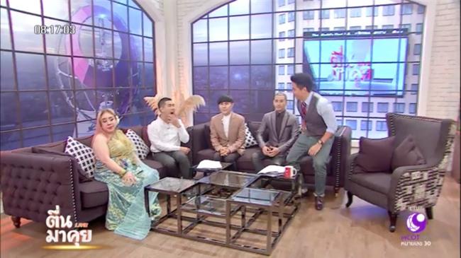 Nữ đại gia Thái Lan bị chồng thứ 9 tung tin đồn mắc bệnh AIDS, suýt đánh chồng cũ trên sóng truyền hình - Ảnh 9.