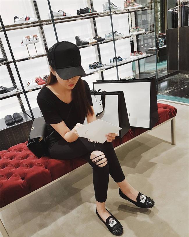 Điệu nhất street style sao Việt tuần này chắc chắn là Phạm Hương và Hà Hồ rồi! - Ảnh 5.