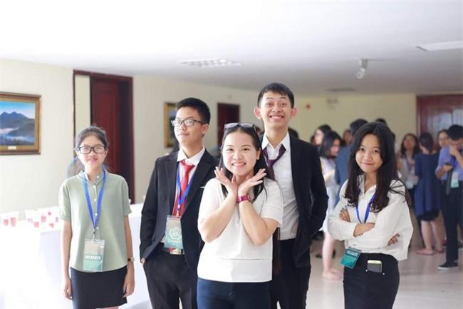 Nữ sinh Lào Cai đầu tiên vào ĐH Stanford với học bổng 6,5 tỷ đồng - Ảnh 9.