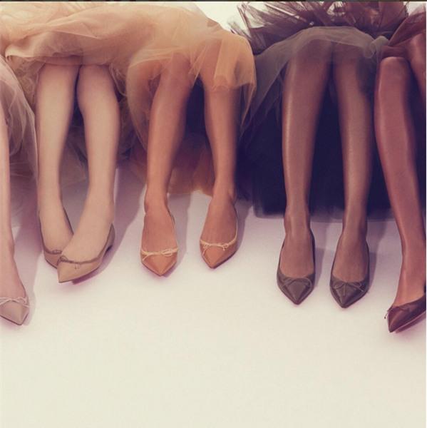 Khi gam màu nude phủ trọn từ thời trang đến trang điểm, là phái đẹp bạn không thể làm ngơ - Ảnh 5.