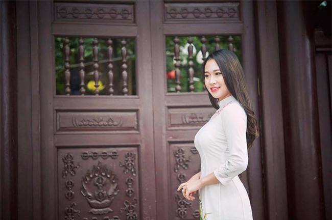 Lộ diện chủ nhân xế hộp hồng gây sốt trên đường phố Hà Nội những ngày qua - Ảnh 3.
