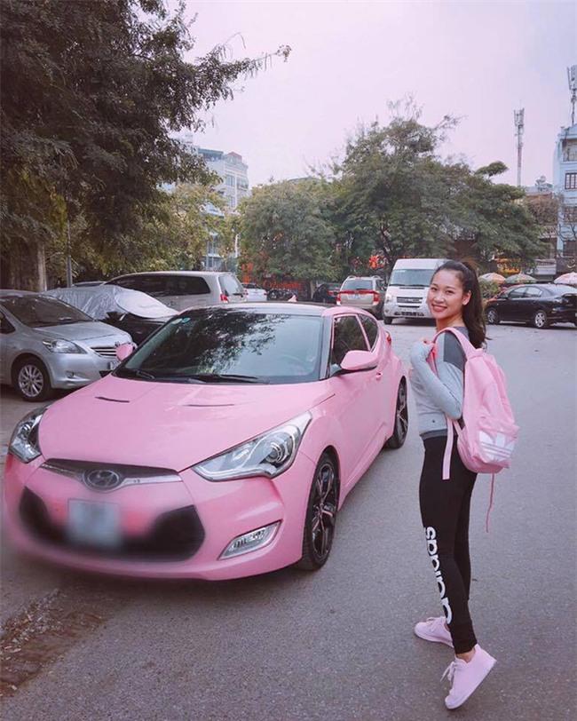 Lộ diện chủ nhân xế hộp hồng gây sốt trên đường phố Hà Nội những ngày qua - Ảnh 7.