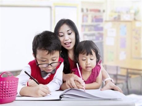 Môn văn sẽ không còn khó nhằn với trẻ nếu biết dạy con như mẹ Đỗ Nhật Nam - Ảnh 1.