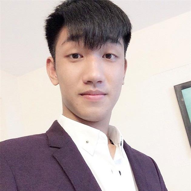 U20 Việt Nam được ăn diện như người mẫu trong ngày đổ bộ Hàn Quốc - Ảnh 1.