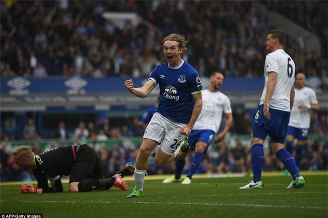 Leicester đứt mạch chiến thắng sau khi sa thải HLV Ranieri - Ảnh 5.