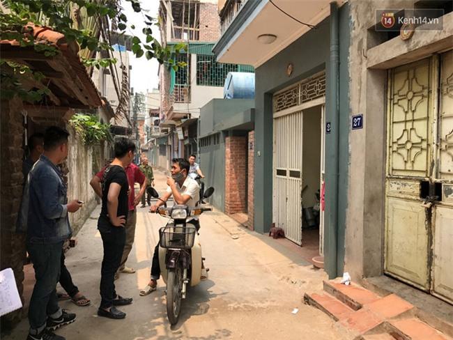"""Bé gái 9 tuổi bị bố truy sát ở Bắc Ninh: """"Mẹ đã cố che chắn cho hai chị em sau khi bị bố đâm - Ảnh 2."""