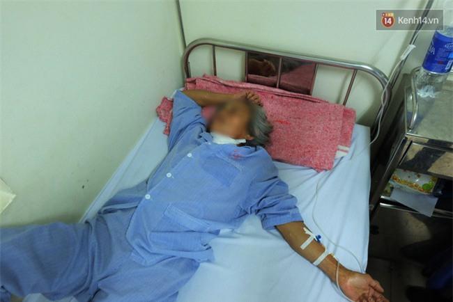"""Bé gái 9 tuổi bị bố truy sát ở Bắc Ninh: """"Mẹ đã cố che chắn cho hai chị em sau khi bị bố đâm - Ảnh 4."""