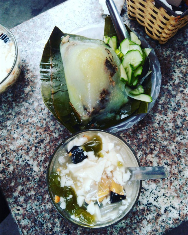 8 món ăn ngon nổi tiếng làm nên tên tuổi của khu ẩm thực Nghĩa Tân - Ảnh 3.