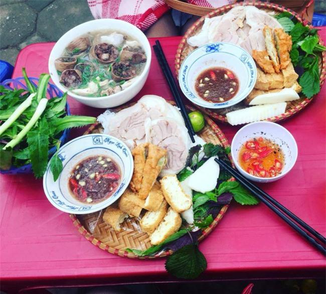 8 món ăn ngon nổi tiếng làm nên tên tuổi của khu ẩm thực Nghĩa Tân - Ảnh 8.