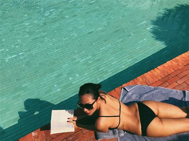 Mới chớm hè sao Việt đã khoe dáng nóng bỏng với đồ bơi, ai đoạt ngôi quyến rũ nhất? - Ảnh 17.