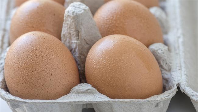 Trứng chiên, trứng luộc dễ làm nhưng nếu chế biến sai cách thì cũng chẳng còn ngon và bổ nữa - Ảnh 1.