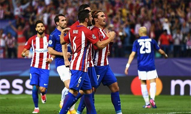 Các cầu thủ Atletico ăn mừng sau khi Griezmann (phải) sút phạt đền thành công