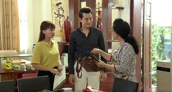 Tập 5 Sống chung với mẹ chồng: Cái kết đắng lòng của nàng dâu khi mua quà đắt tiền cho mẹ chồng - Ảnh 2.