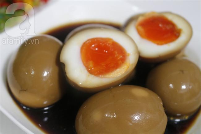 Học người Đài Loan cách làm trứng ngâm nước tương ăn ngon quên sầu - Ảnh 7.