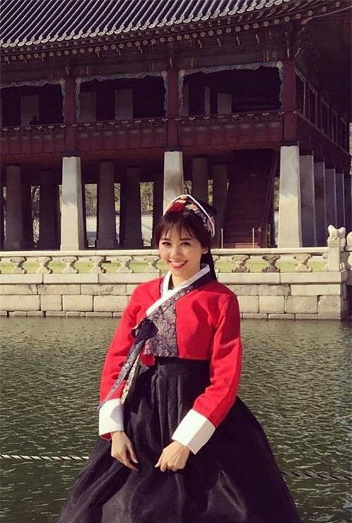 """hari won """"song chung voi me chong"""" tai nha tran thanh the nao? hinh anh 3"""