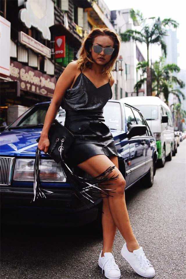 Kỳ Duyên, Ngọc Trinh khoe dáng khiến style của sao tuần này nóng hơn bao giờ hết - Ảnh 21.