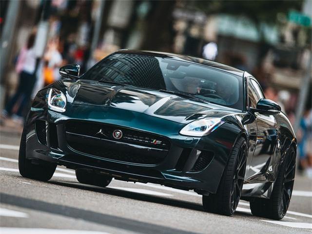 Chiếc Jaguar F Type của Jason Stathom