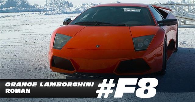 Roman Pearce, do Tyrese Gibson thủ vai, mê mẩn chiếc Lamborghini màu cam bắt mắt