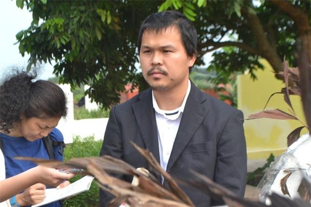 Anh Hào cùng gia đình chưa thể an lòng khi chưa có kết luận nghi phạm đó có phải là hung thủ sát hại con gái hay không. Ảnh: Đ.Tuỳ