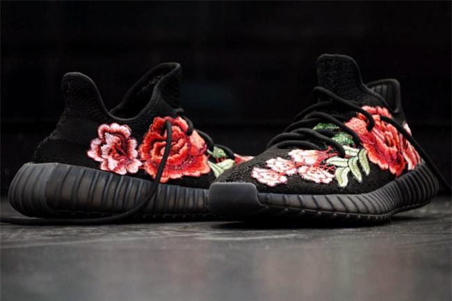 Qua rồi cái thời sneakers trắng là tâm điểm, 4 kiểu giày mới khiến chị em chao đảo là đây - Ảnh 12.