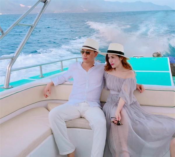 Bà xã xinh như hot girl của diễn viên Việt Anh: Sống chung 5 năm, đã sinh con nhưng vẫn chưa đám cưới - Ảnh 9.
