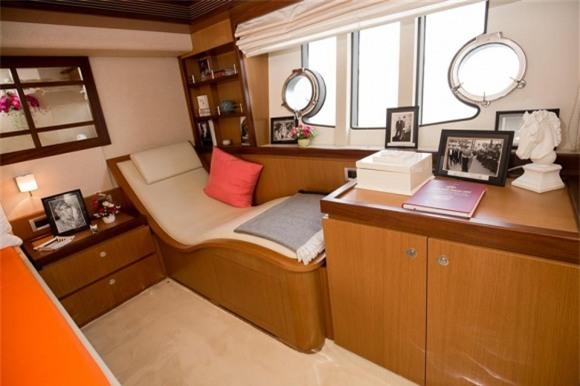 sao việt, lý nhã kỳ, du thuyền lý nhã kỳ, nội thất du thuyền lý nhã kỳ, tài sản lý nhã kỳ