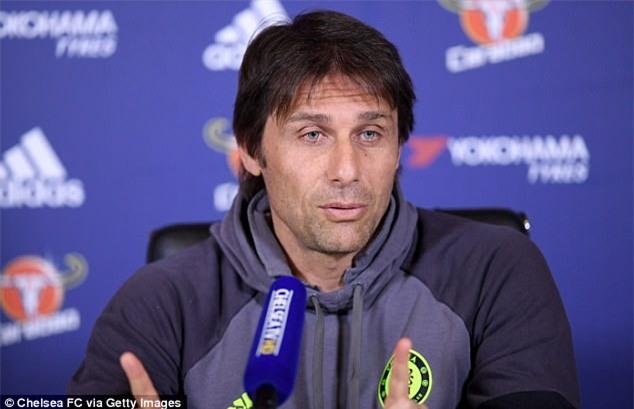 Conte lập kế hoạch khóa chặt Ibrahimovic - Ảnh 1.